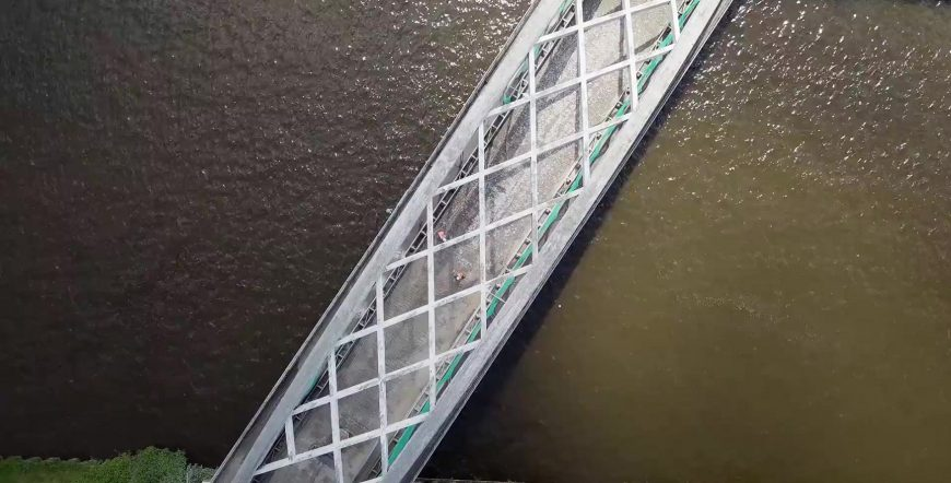 Demolish a bridge deck and save the reinforcement with a 100% guarantee?